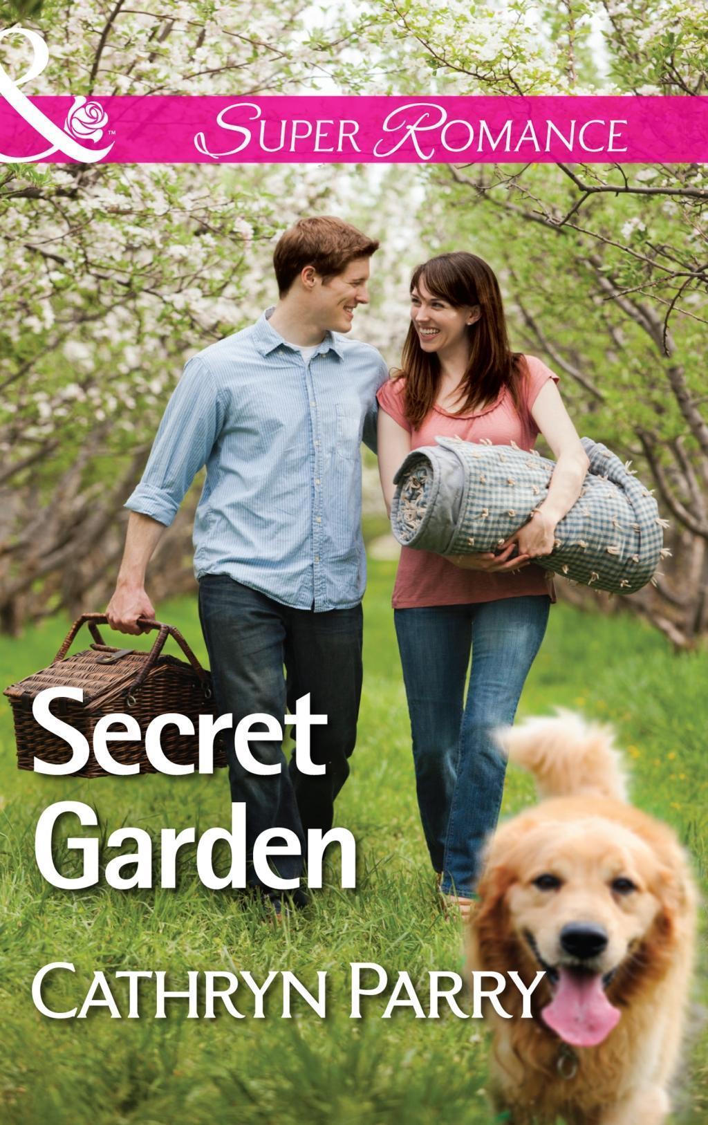 Secret Garden (Mills & Boon Superromance)