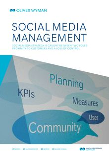 Social Media Management : betweet proximity to customers and loss of control